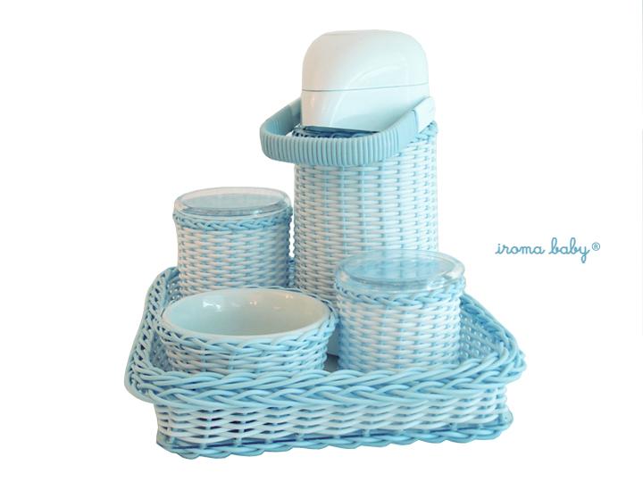 Kit higiene para bebê azul e branco